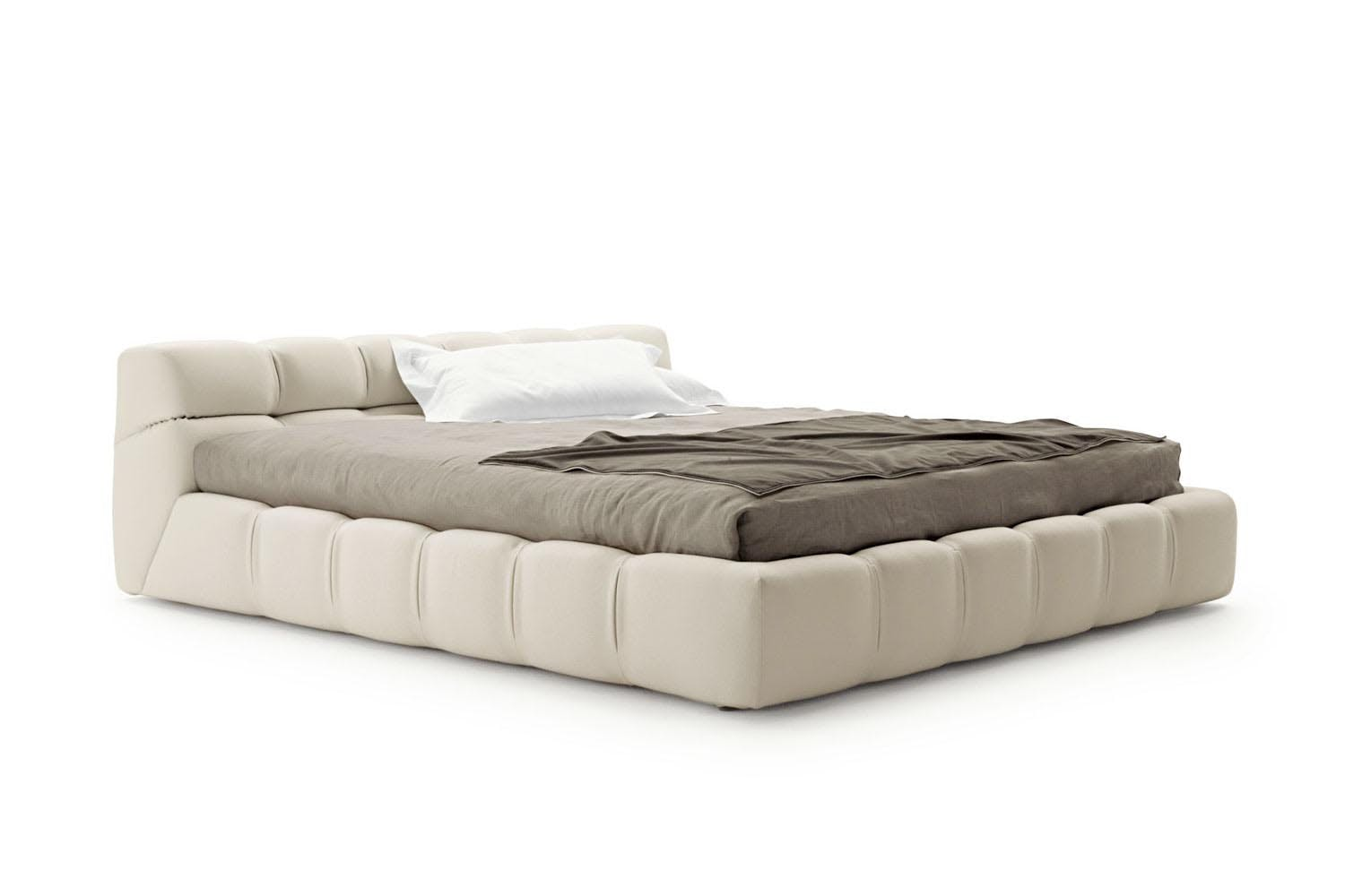 Tufty bed by patricia urquiola for b b italia space for B and b italia beds
