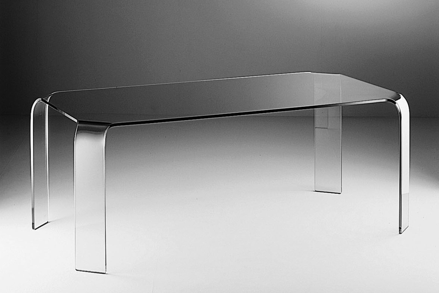 Ragno Table by Vittorio Livi for Fiam Italia