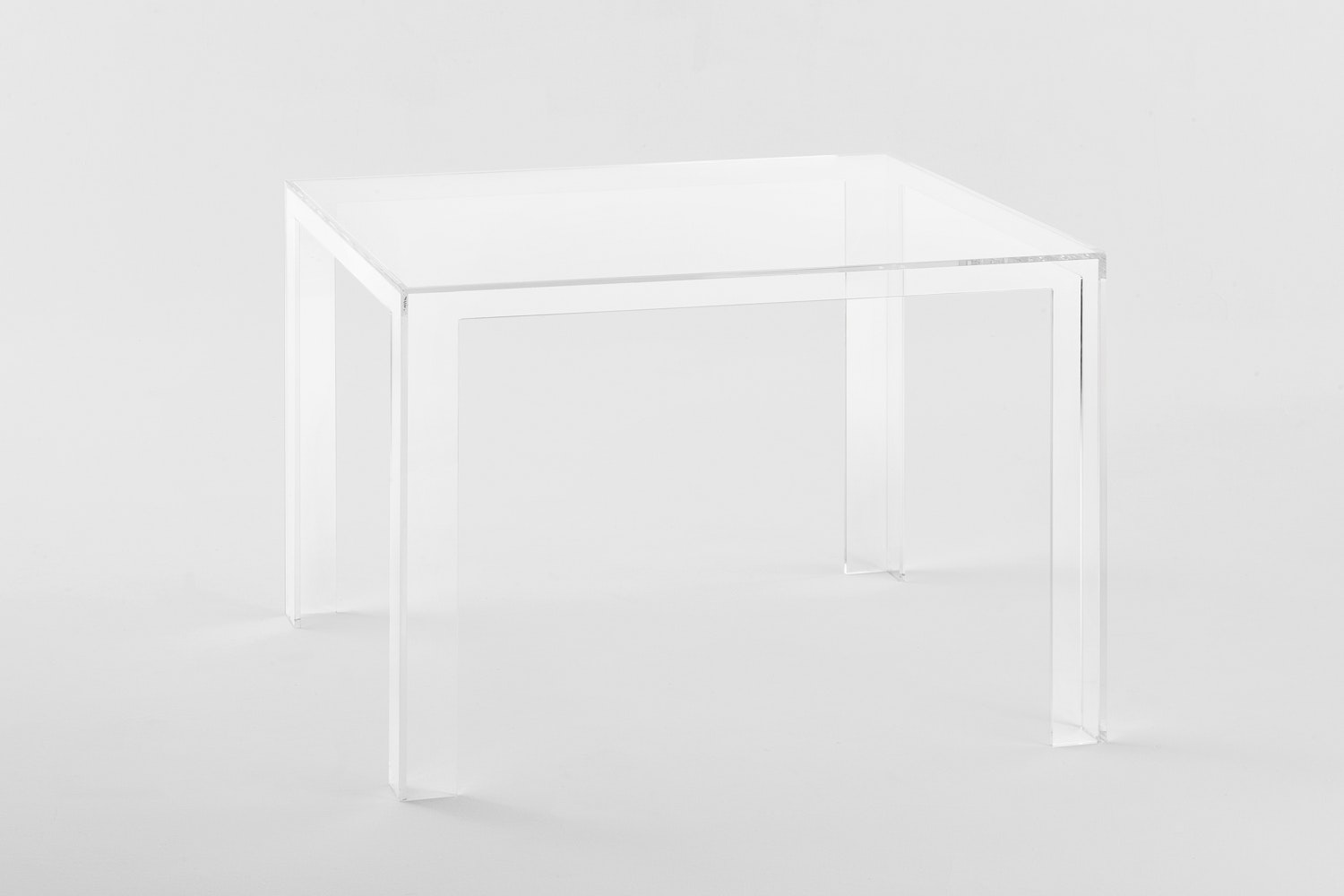Invisible Table by Tokujin Yoshioka for Kartell