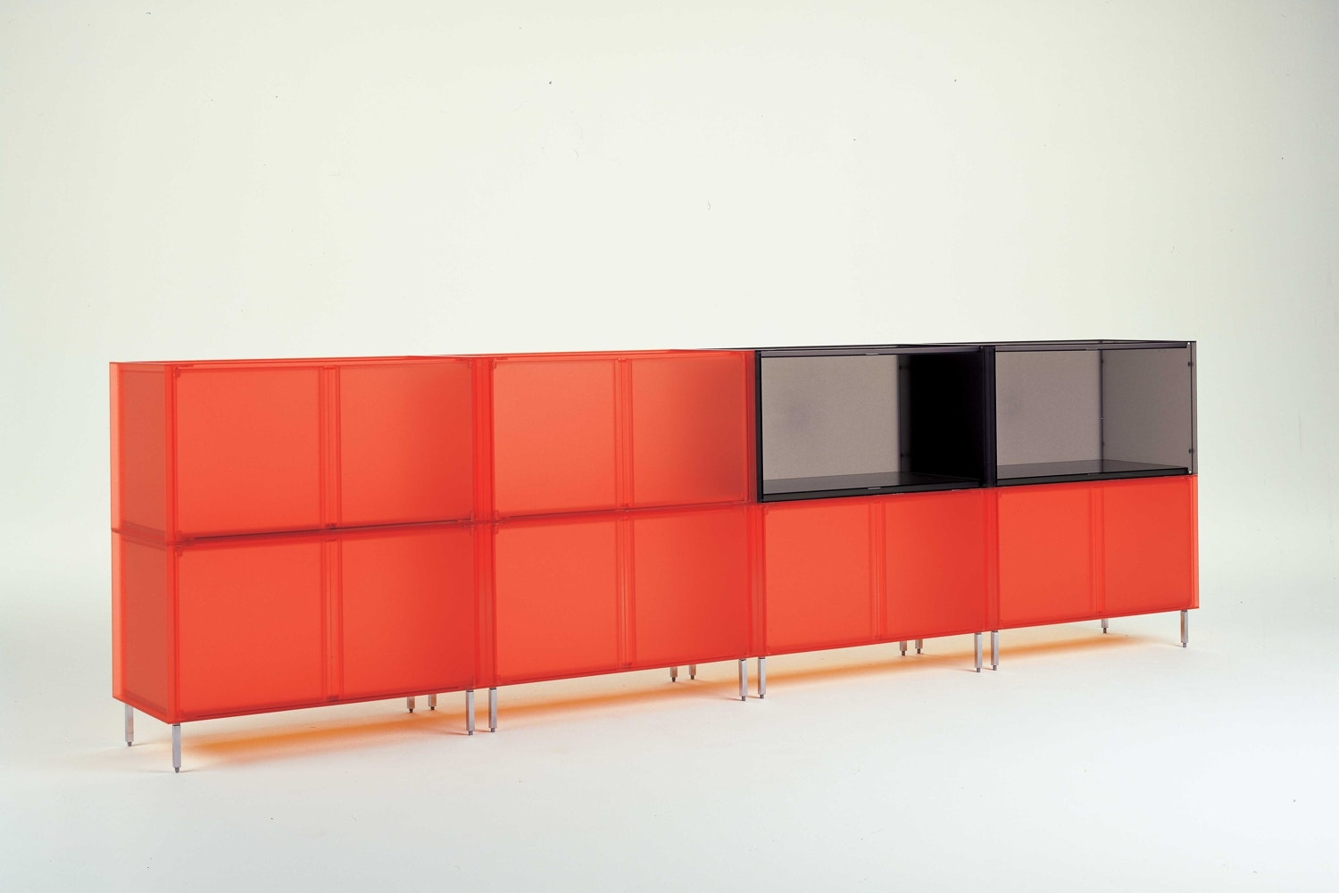 kartell container finest kartell container with kartell. Black Bedroom Furniture Sets. Home Design Ideas