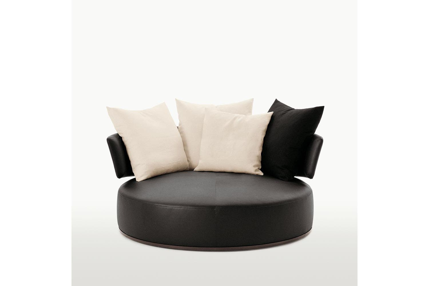 Amoenus Sofa by Antonio Citterio for Maxalto