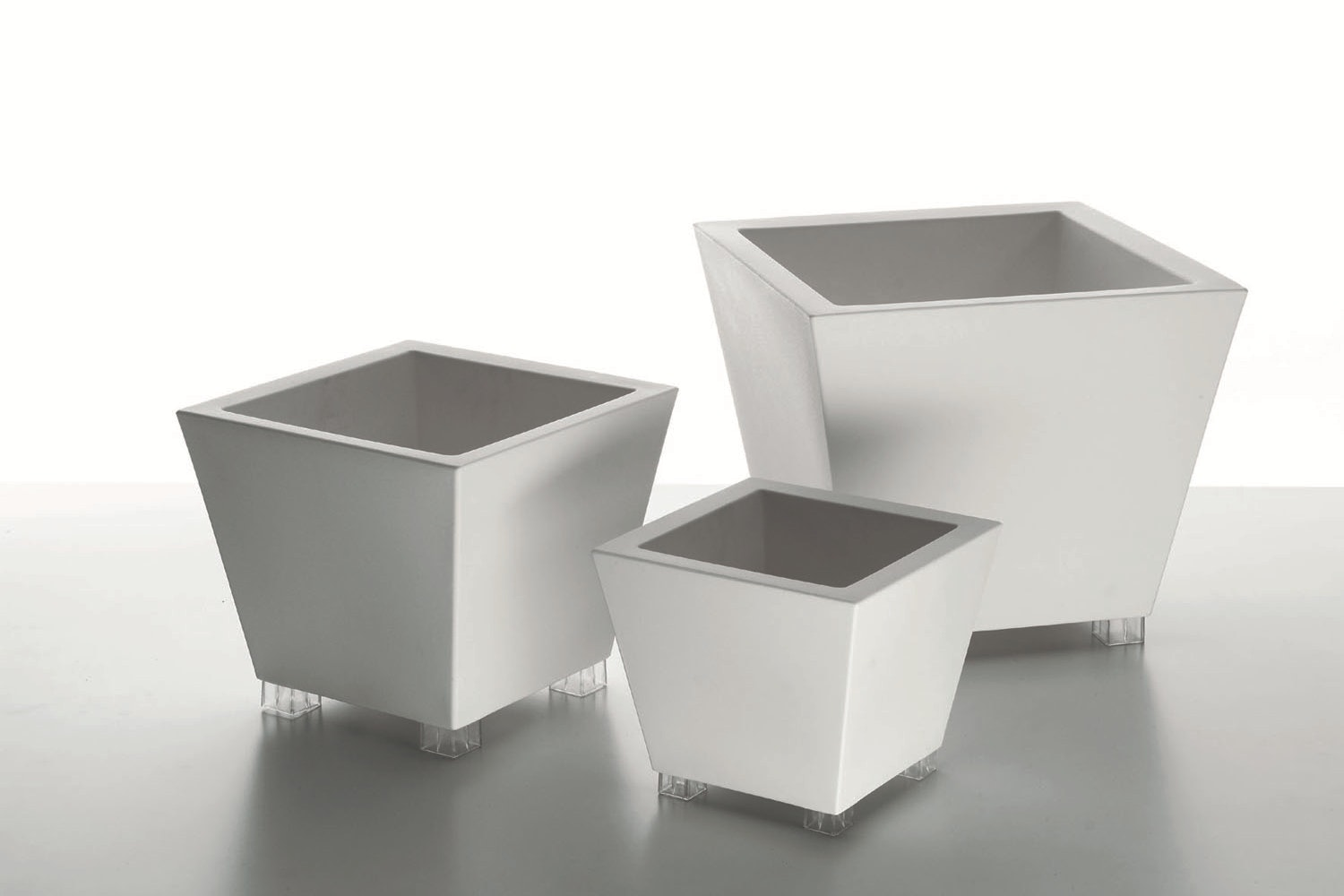 Kabin Pot Family by Luisa Bocchietto for Serralunga