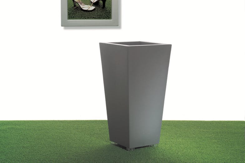 Kabin High Pot Family by Luisa Bocchietto for Serralunga