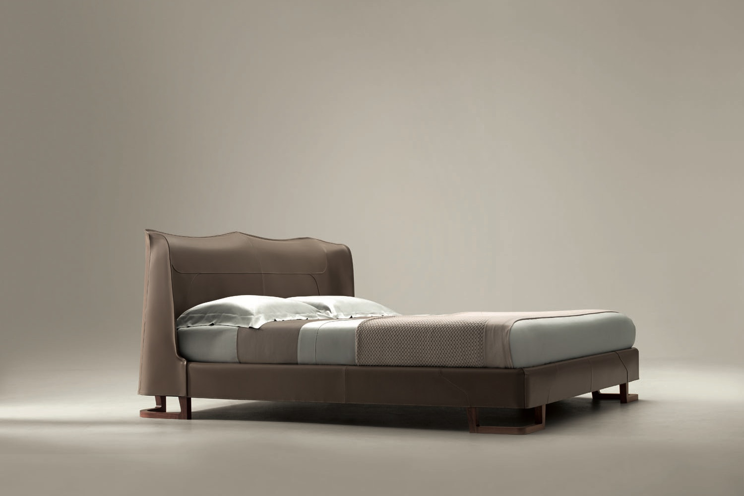 Corium Bed by Umberto Asnago for Giorgetti