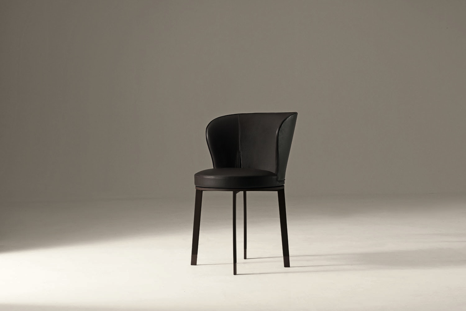 Ode Chair by Chi Wing Lo for Giorgetti
