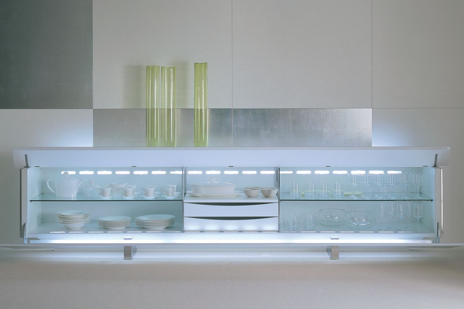 Ludwig Plus in Glossy White Sideboard by Lodovico Acerbis for Acerbis
