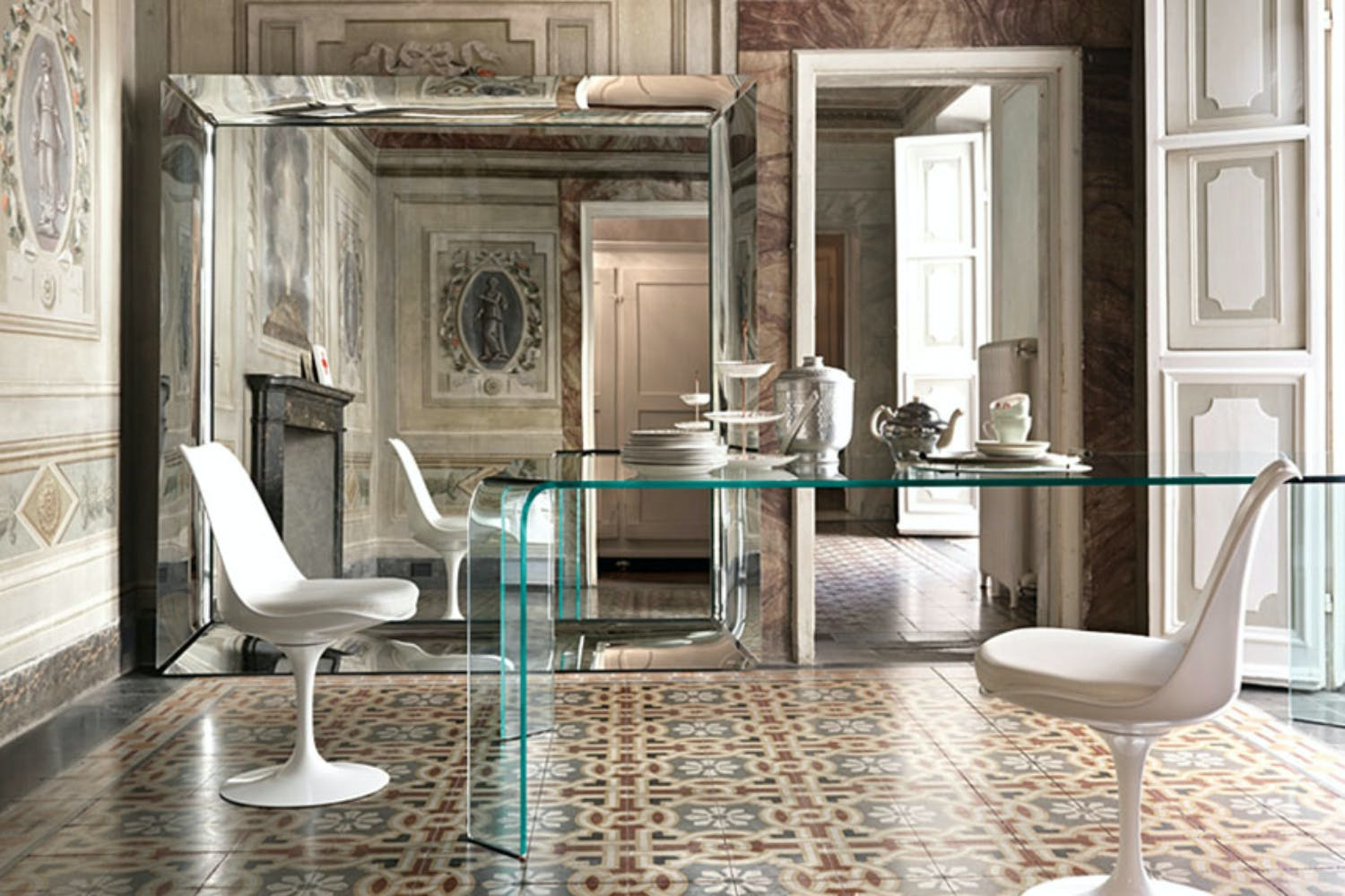 caadre mirror by philippe starck for fiam italia space furniture. Black Bedroom Furniture Sets. Home Design Ideas