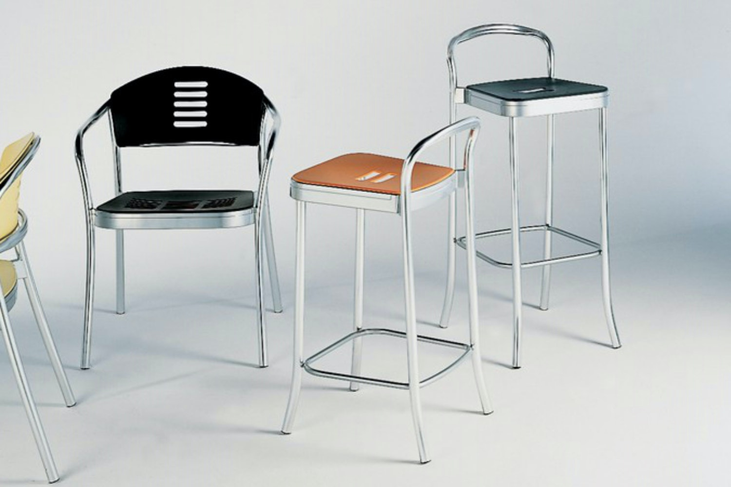 Mauna-Kea Low Stool by Vico Magistretti for Kartell
