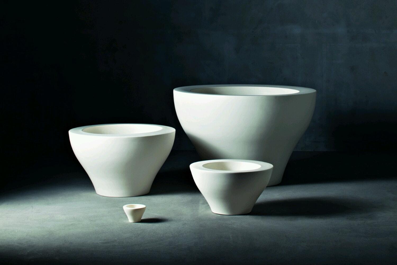 Ming Etto Pot by Rodolfo Dordoni for Serralunga