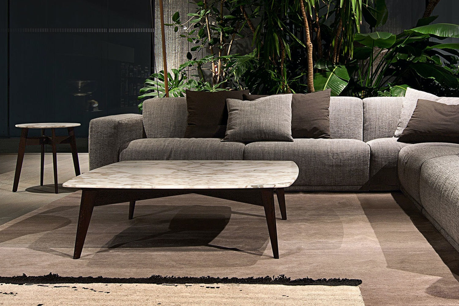 Bigger By Carlo Colombo For Poliform Space Furniture