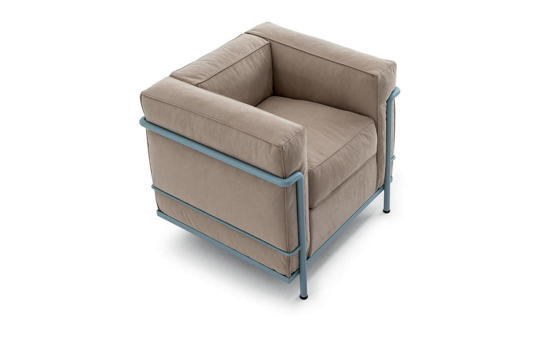 lc2 armchair by le corbusier pierre jeanneret charlotte. Black Bedroom Furniture Sets. Home Design Ideas