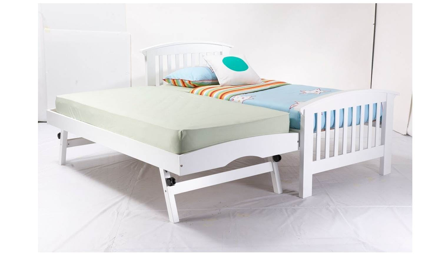 from Jayce dating bed size