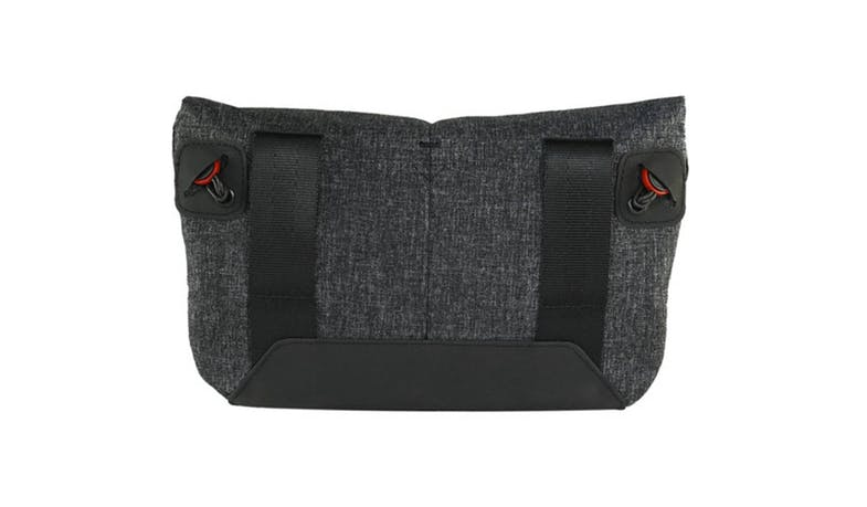 Peak Design BP-BL-1 Field Pouch - Charcoal-02