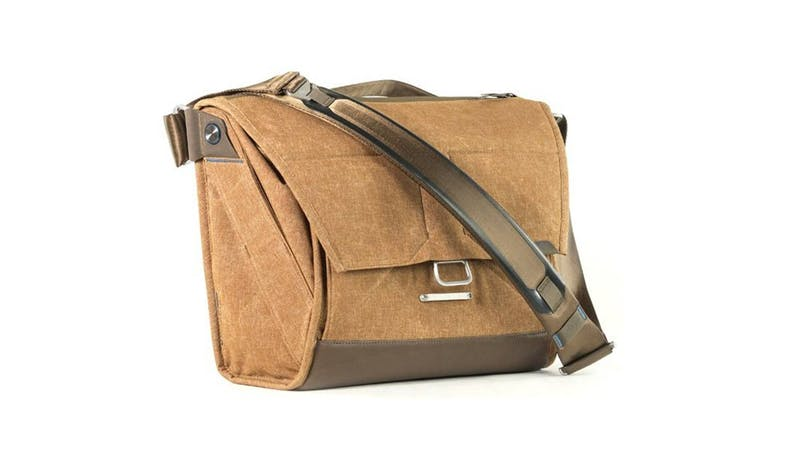 Peak Design BS-13-BR-1 Everyday Messenger Bag - Heritage Tan-02