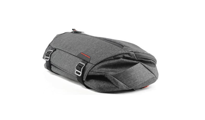 Peak Design BSL-10-AS1 10L Everyday Sling Bag - Charcoal-02
