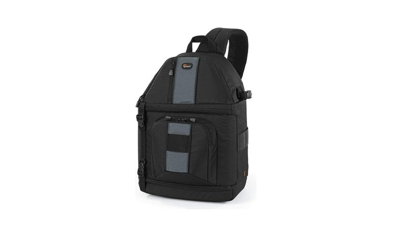 Lowepro LP36174 SlingShot 302 AW Camera Bag - Black_01