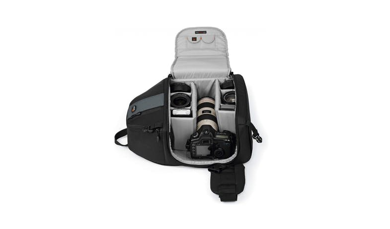 Lowepro LP36174 SlingShot 302 AW Camera Bag - Black_02