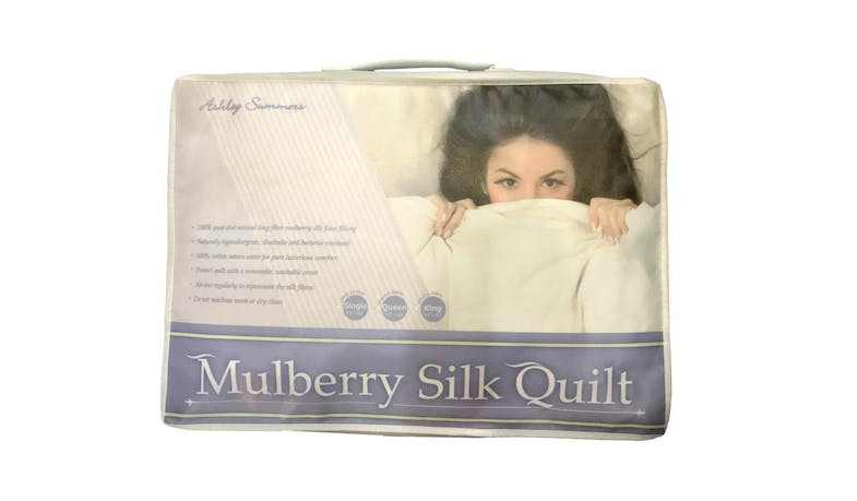 Ashley Summers Mulberry Silk Quilt - Queen Size