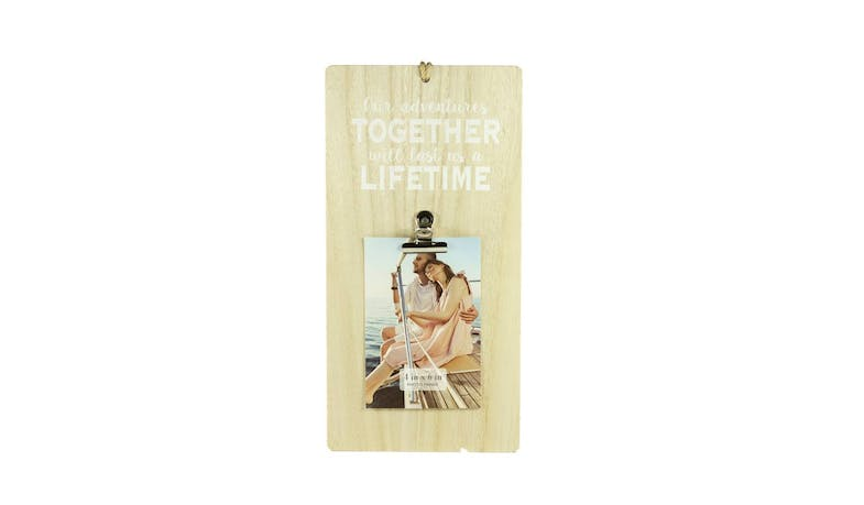 "Friends EXW18309 4x6"" Light Wooden Photo Clip Frame"