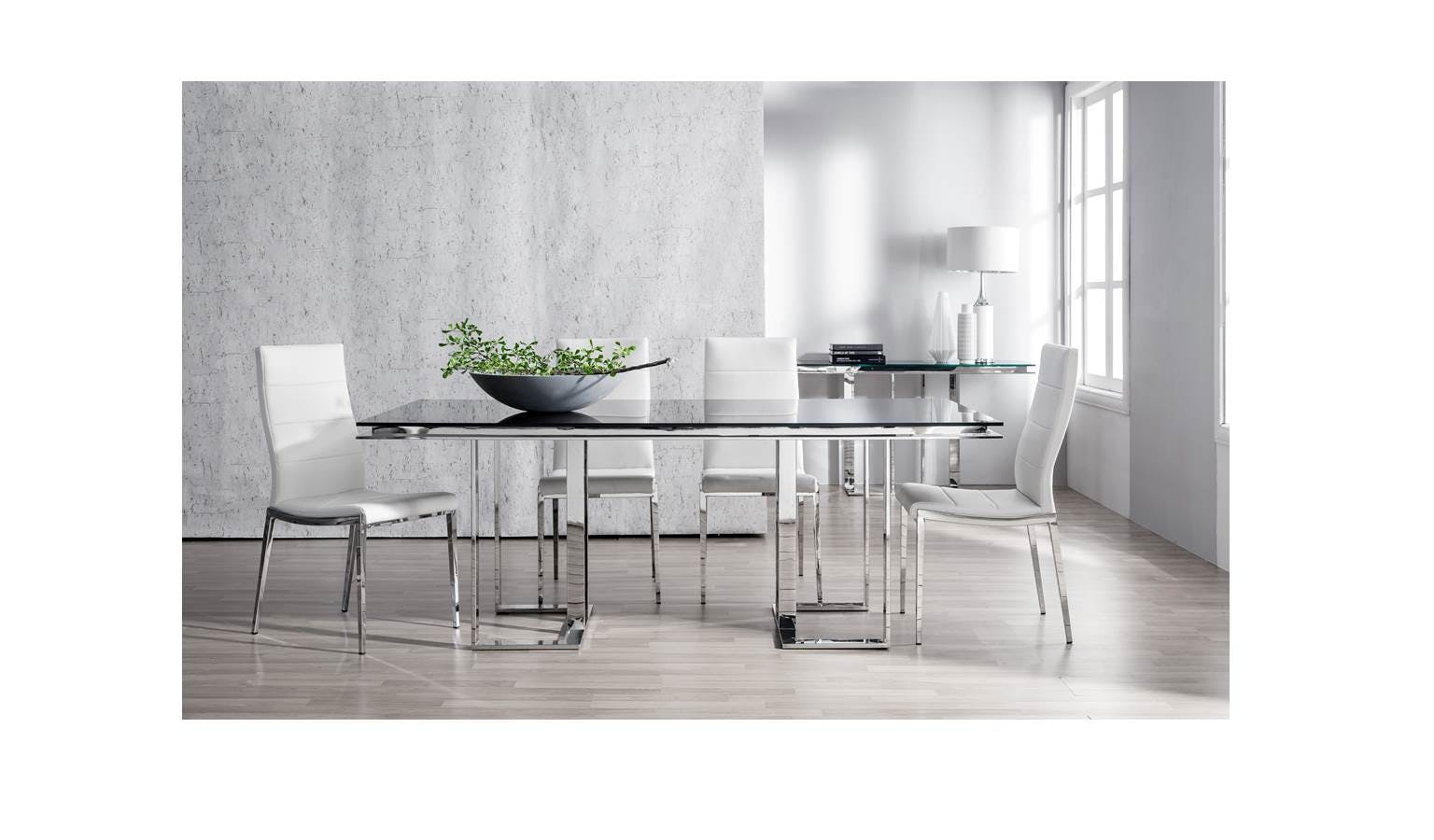 Merlino Vivix Mi11921 Imported Dining Table With Black Tempered Glass Top